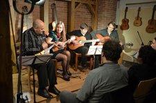 """""""Quattro Canti"""" faszinieren mit Balalaika, Mandoline und Gitarre"""